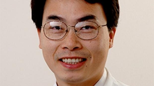 Joseph Wu smiling head shot