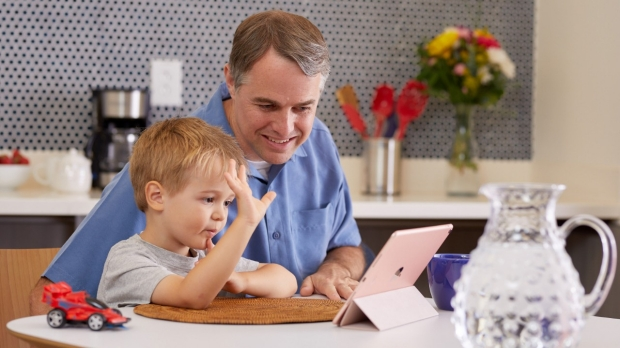 Caring for kids using telehealth