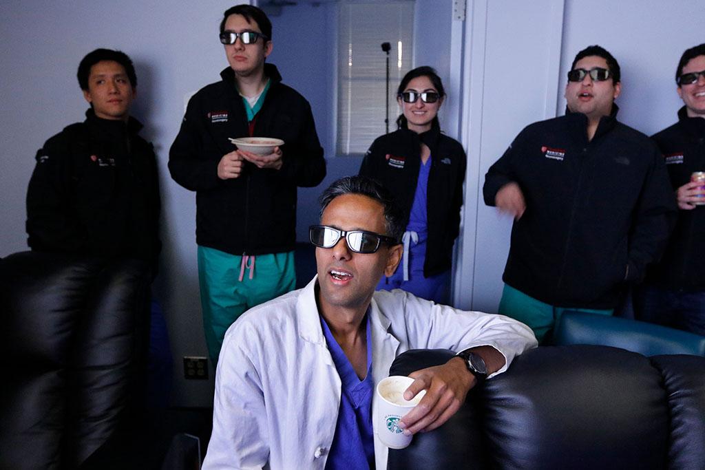 New neuroanatomy lab bridges virtual reality, operating room   News ...