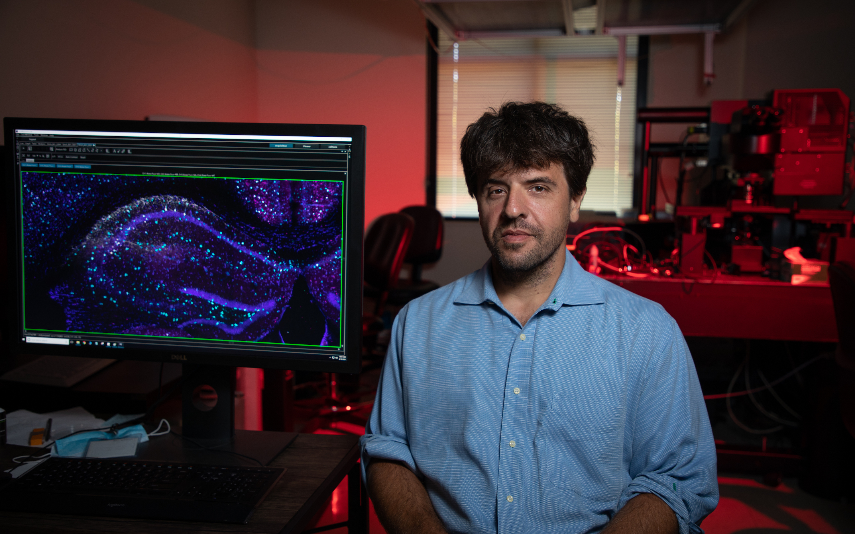 Karl Deisseroth shares Lasker Award for research on microbial molecules behind optogenetics - Stanford Medical Center Report