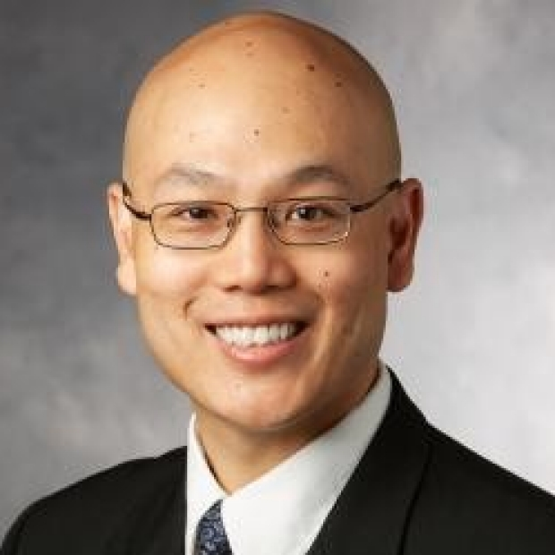 Anson Lee, MD, smiling head shot