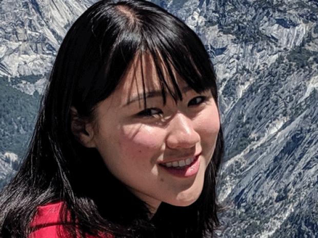smiling headshot of Carissa Lee