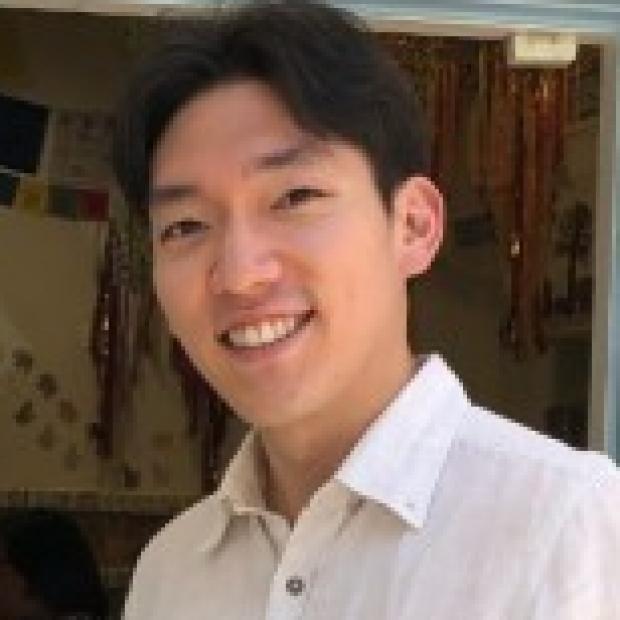 smiling headshot of Sangkyun Cho