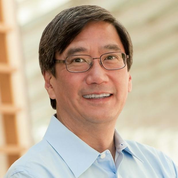 smiling headshot of Peter Kim