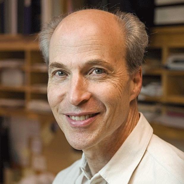 smiling headshot of Roger Kornberg