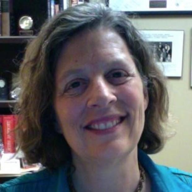 smiling headshot of Julie Parsonnet