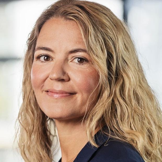 smiling headshot of Nanna Lüneborg