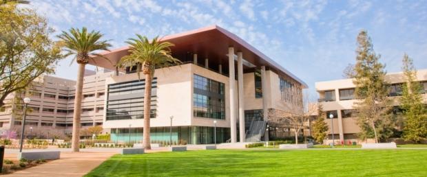 Stanford Li Ka Shing Center building