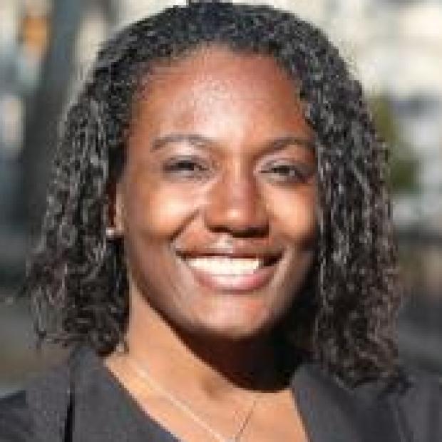 smiling headshot of Stephanie Lindsey, PhD