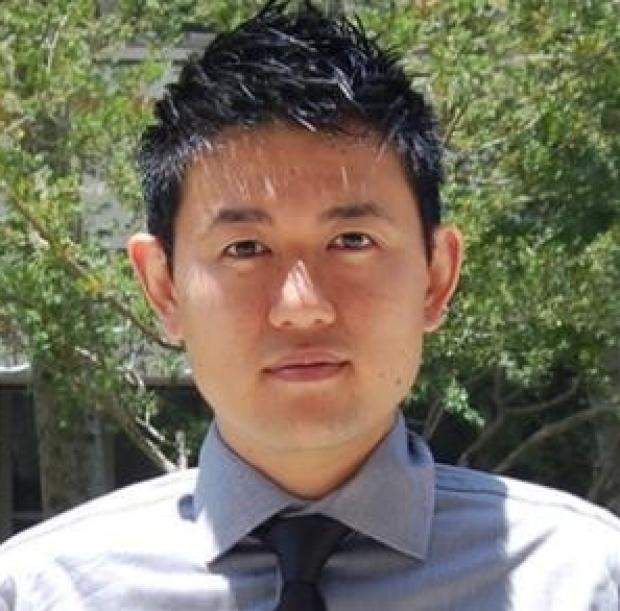 head shot of Edward Lau, PhD