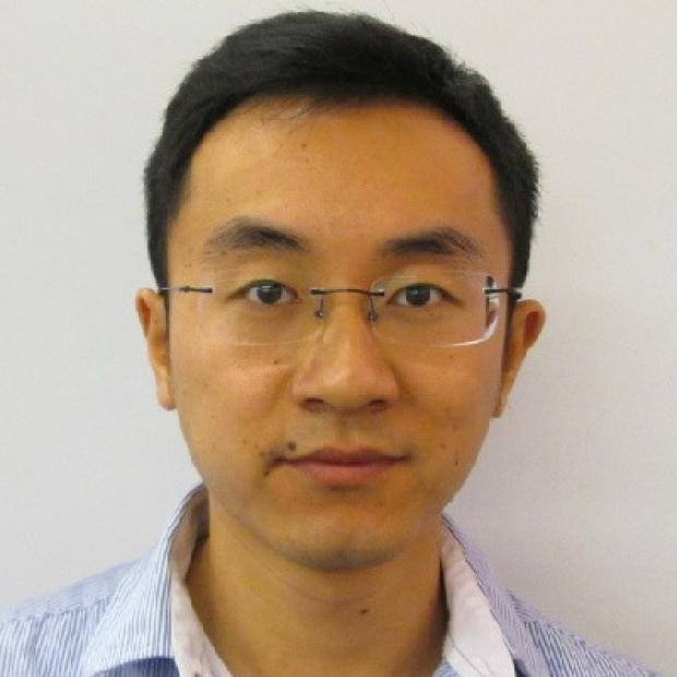 smiling headshot of Chengyi Tu