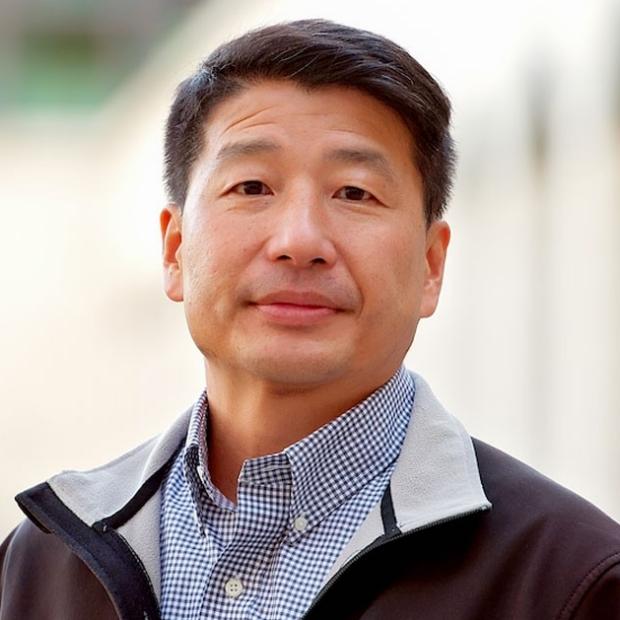 headshot of Sean Wu