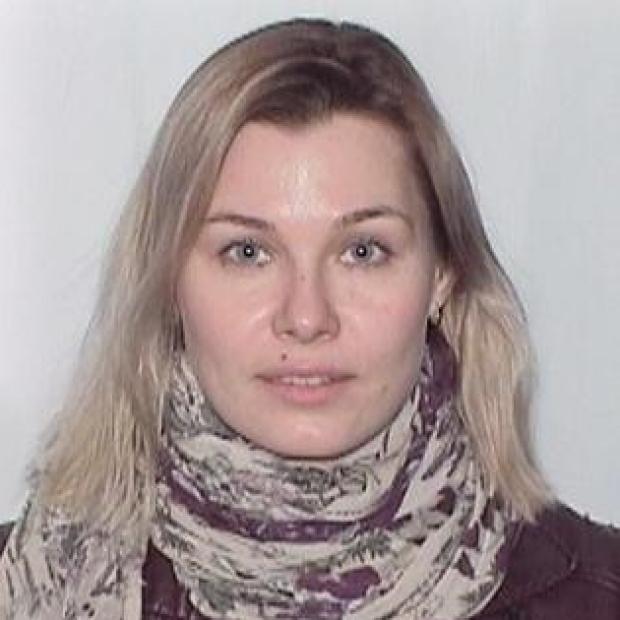 smiling headshot of Evgeniya Vaskova