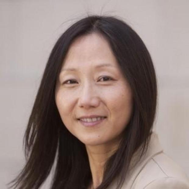 smiling headshot of Zhenan Bao