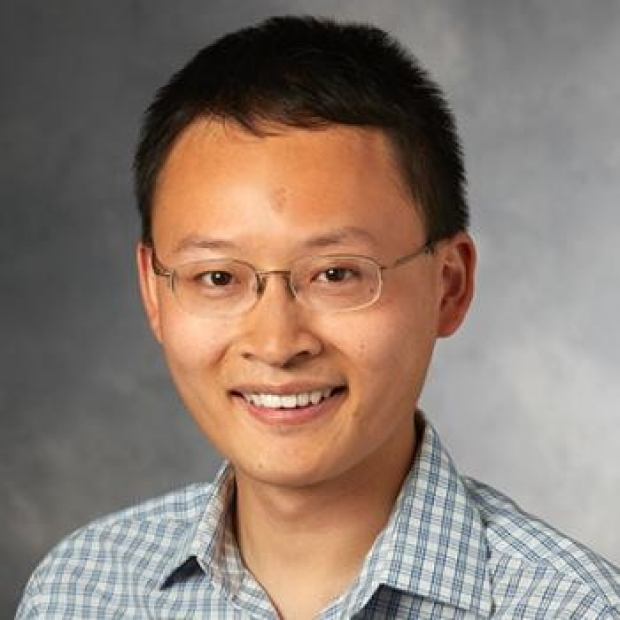 James Zou headshot