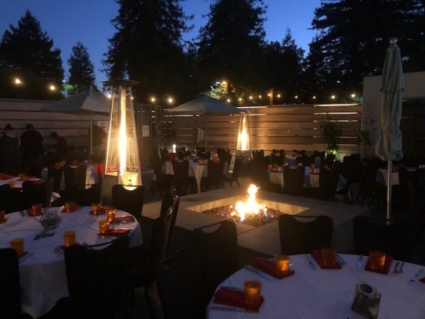 2019-retreat-deck-dinner