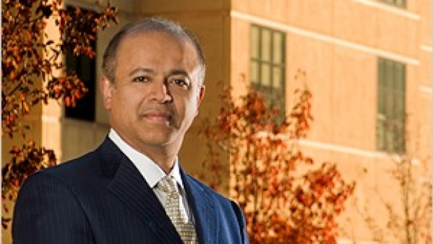 Writer, physician Abraham Verghese to speak at school commencement