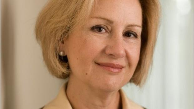 Estradiol, but not Premarin, preserves key brain regions in postmenopausal women at risk for dementia, study shows