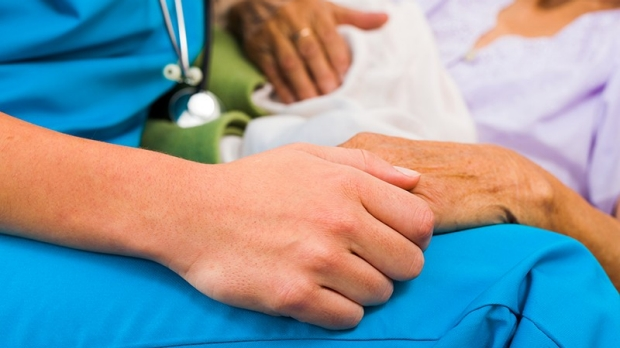 Most physicians would forgo aggressive treatment for themselves at the end of life, study finds