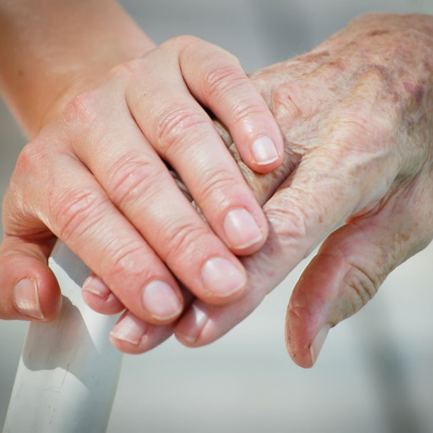 Patient-doctor ethnic differences thwart conversations on end-of-life care, study finds