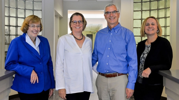 Gift establishes cancer cell therapy center