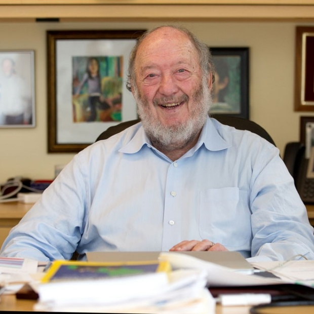 Stem cell researcher Irving Weissman awarded Albany Prize