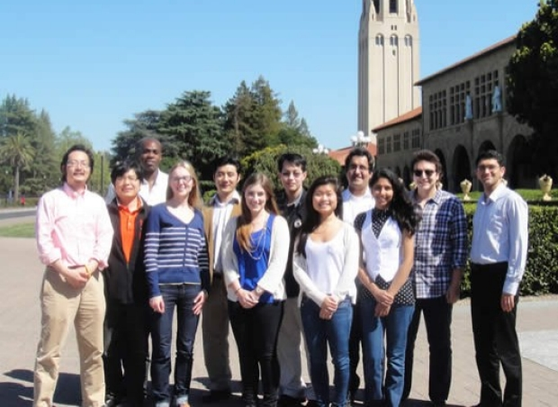 Peter Yang lab group photo, April 2013
